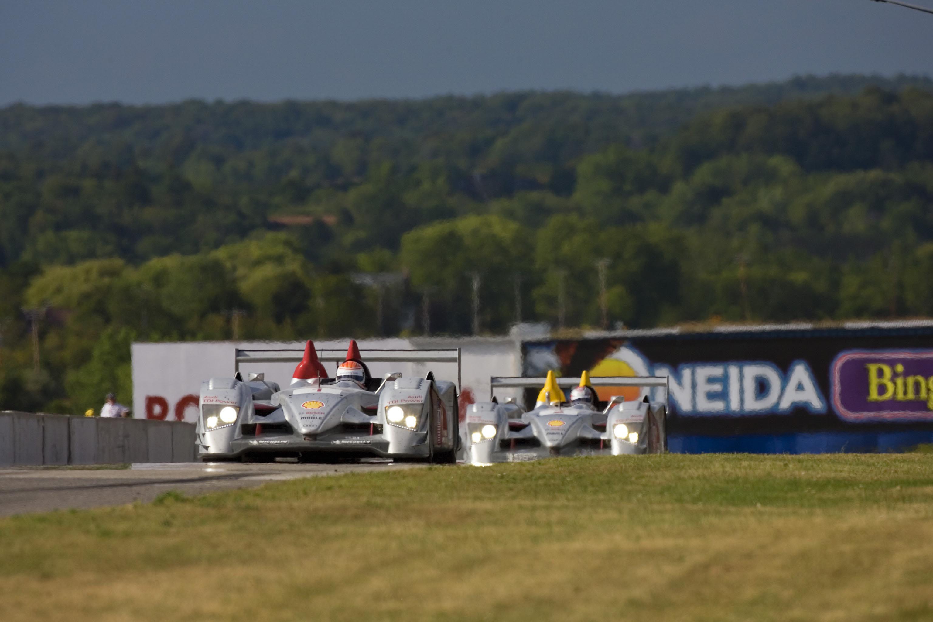 lksdesign camaro display and new gt2 corvette racecar at road